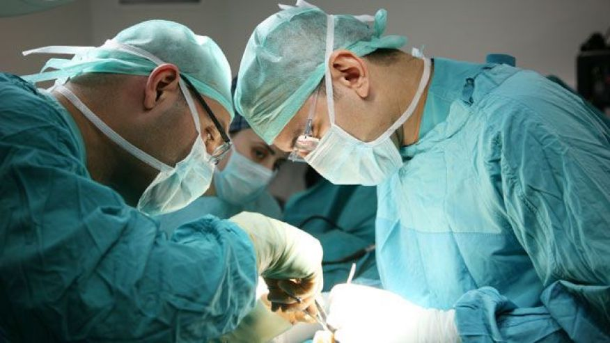 Surgeons performing bariatric surgery