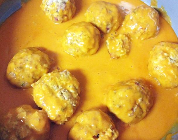 meatballs in buffalo sauce