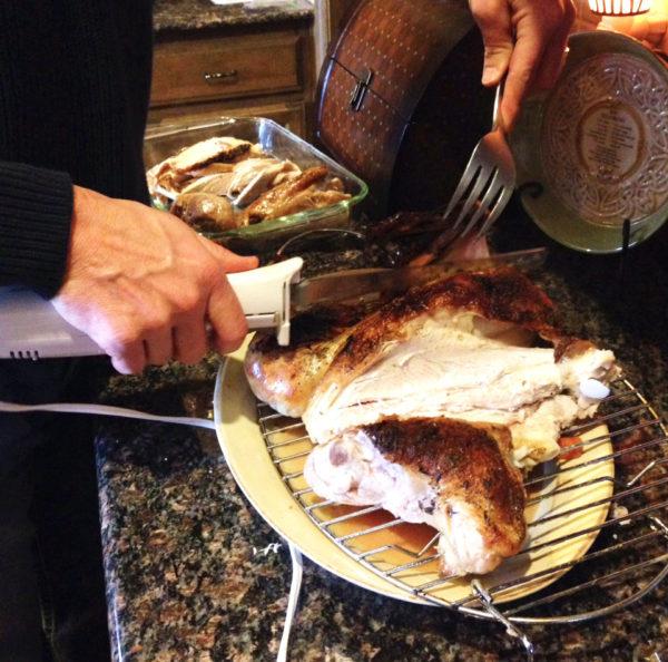 slicing turkey